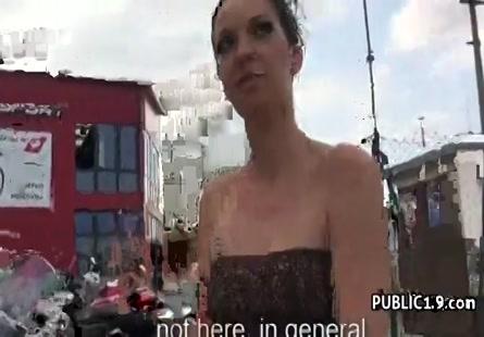 فيديو سكس بنت تتناك لأول مرة